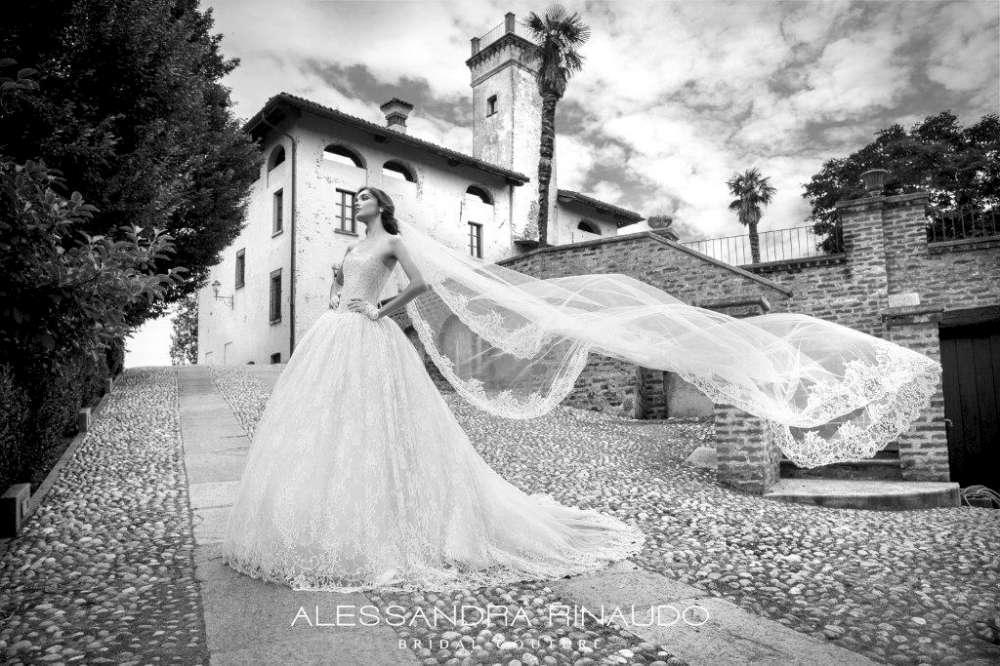 Abiti_Alessandra Rinaudo