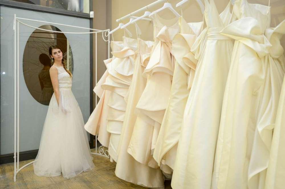 abiti da sposa negozio