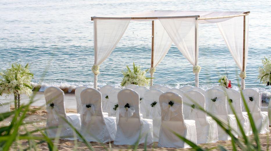 matrimonio in spiaggia allestimento
