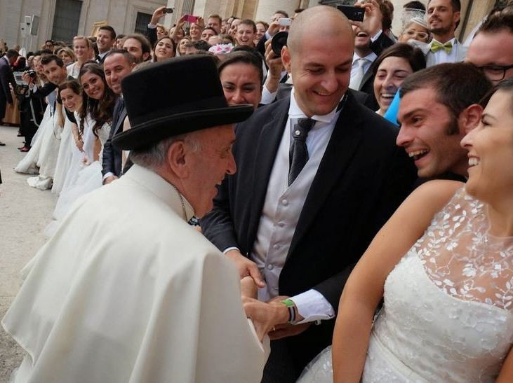 sposi in udienza dal Papa Francesco