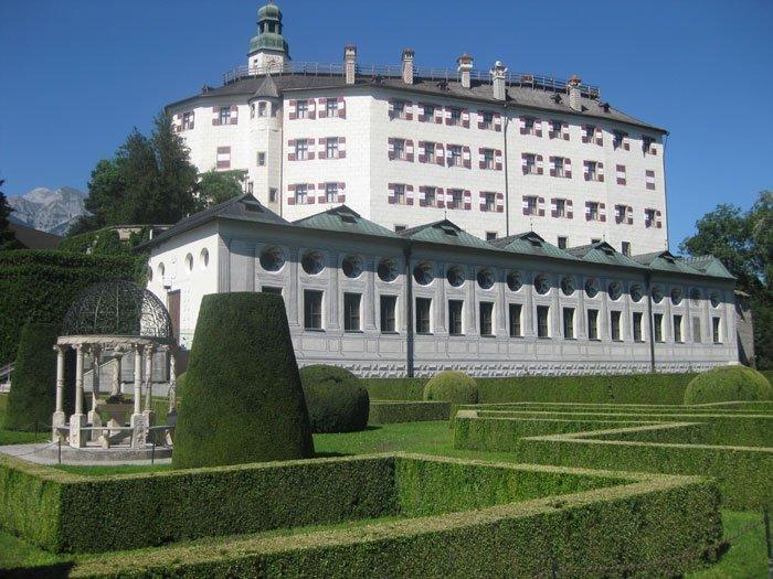 Castello Ambras meta di un viaggio di nozze in Austria