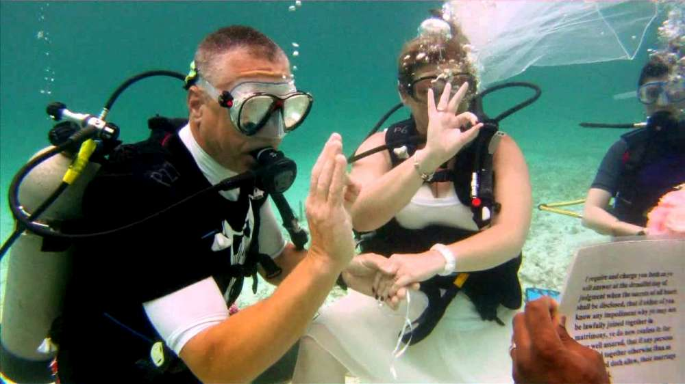 Underwater wedding2-1000