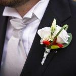 Bottoniera sposo: consigli per uno stile unico e originale