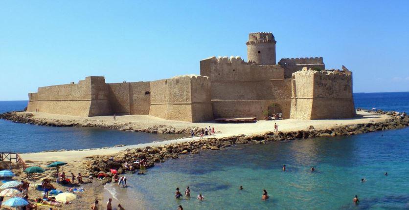castello aragonese isola capo rizzuto matrimoni