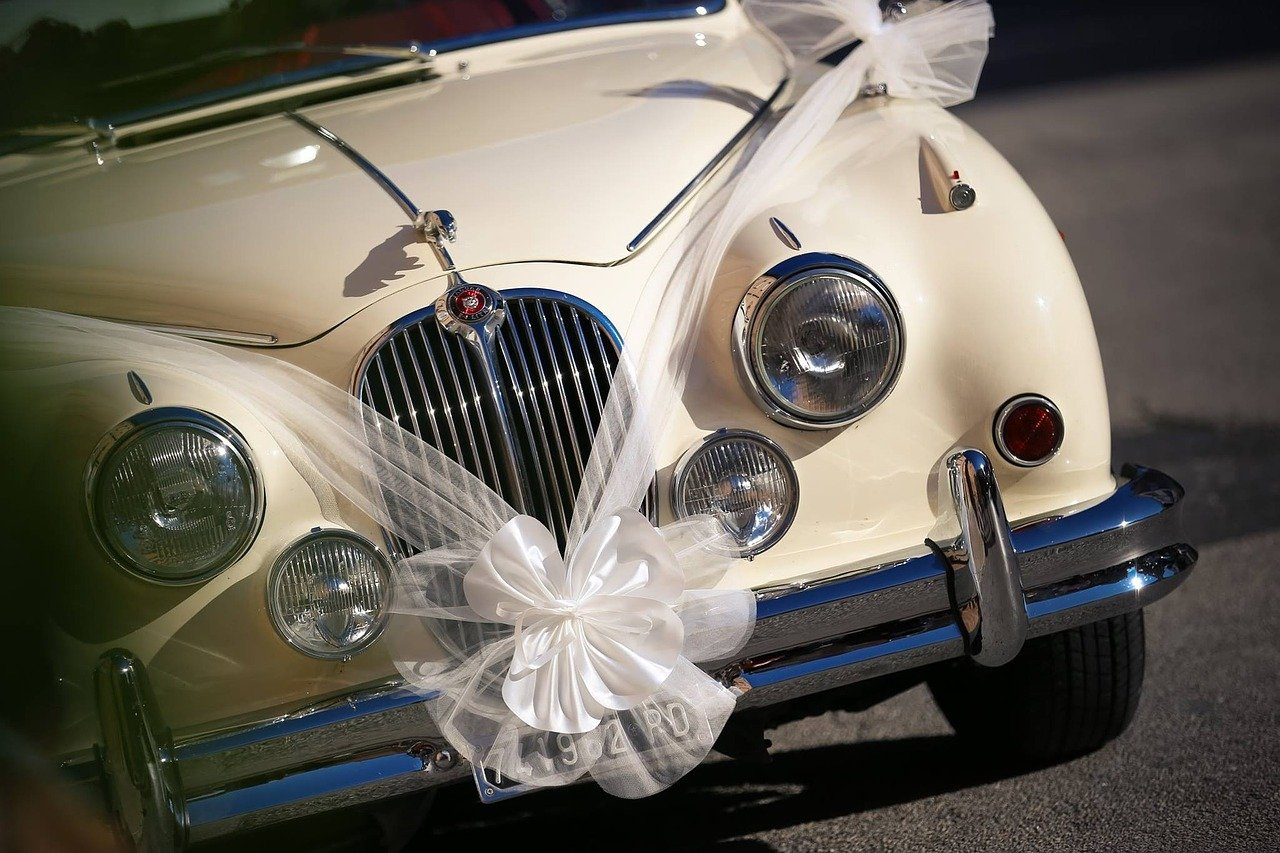Matrimonio In Ferrari : Scelta auto matrimonio consigli per non sbagliare panorama sposi