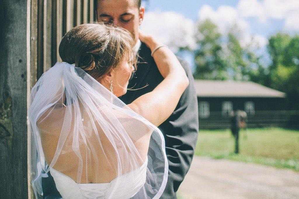 Cascade wedding veil
