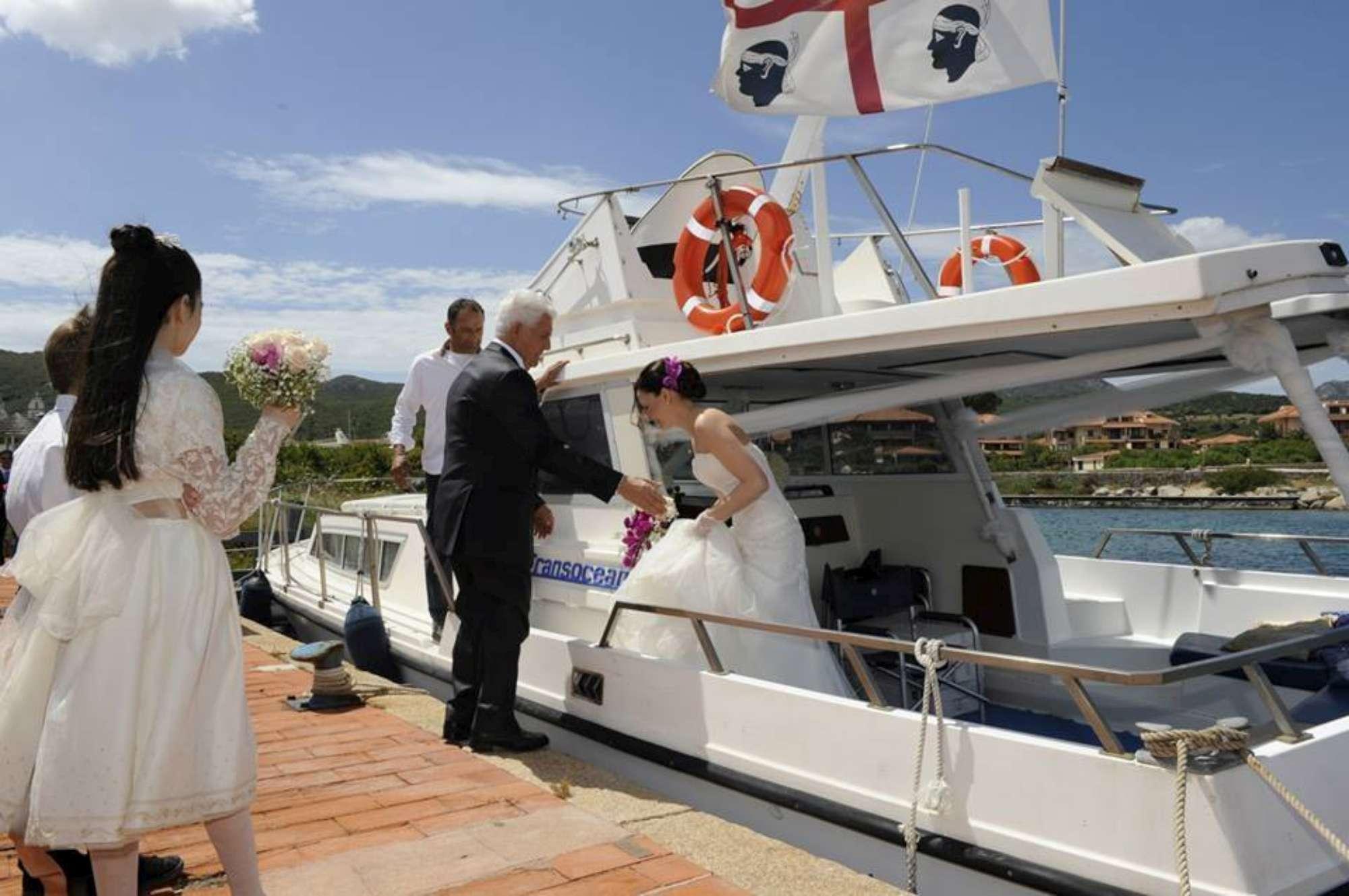 Hotel Gabbiano azzurro sposi in barca