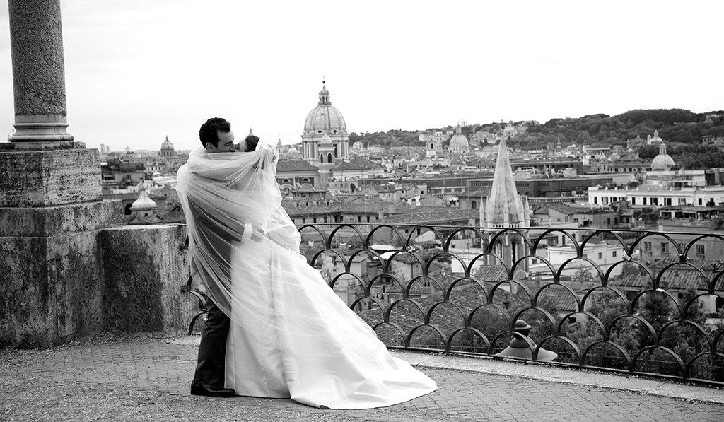 Matrimonio In Italia : Matrimonio in italia a roma la borsa del