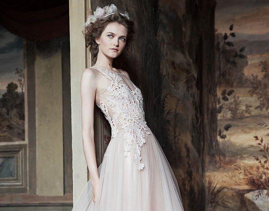 newest 76b46 3eb98 Alberta Ferretti sposa, una collezione bridal unica