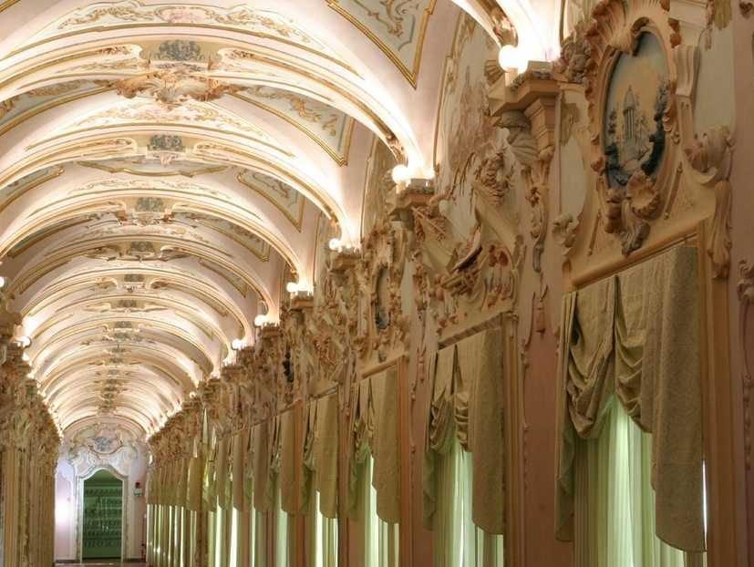 Bomboniere Matrimonio Jesi.Galleria Degli Stucchi Di Jesi Nella Top Ten Location Di Nozze