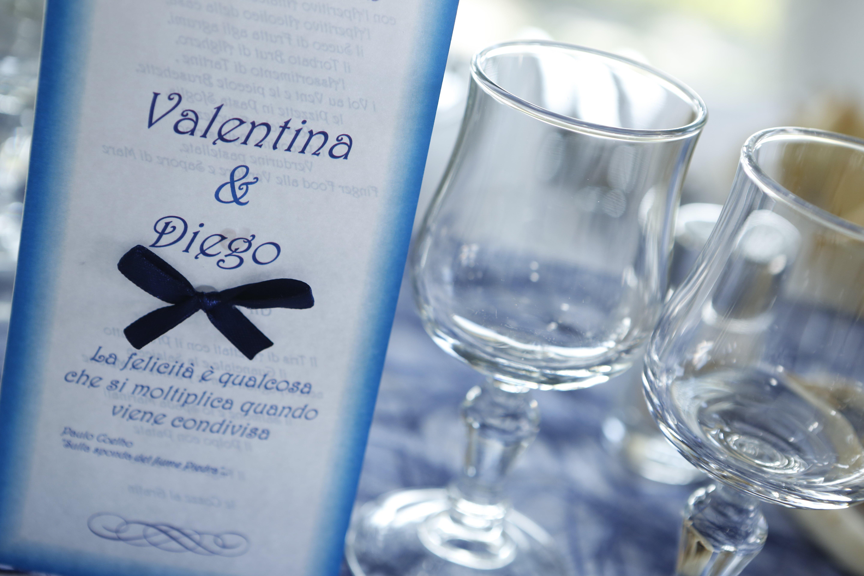 Dettagli in bianco e blu del matrimonio di Valentina e Diego