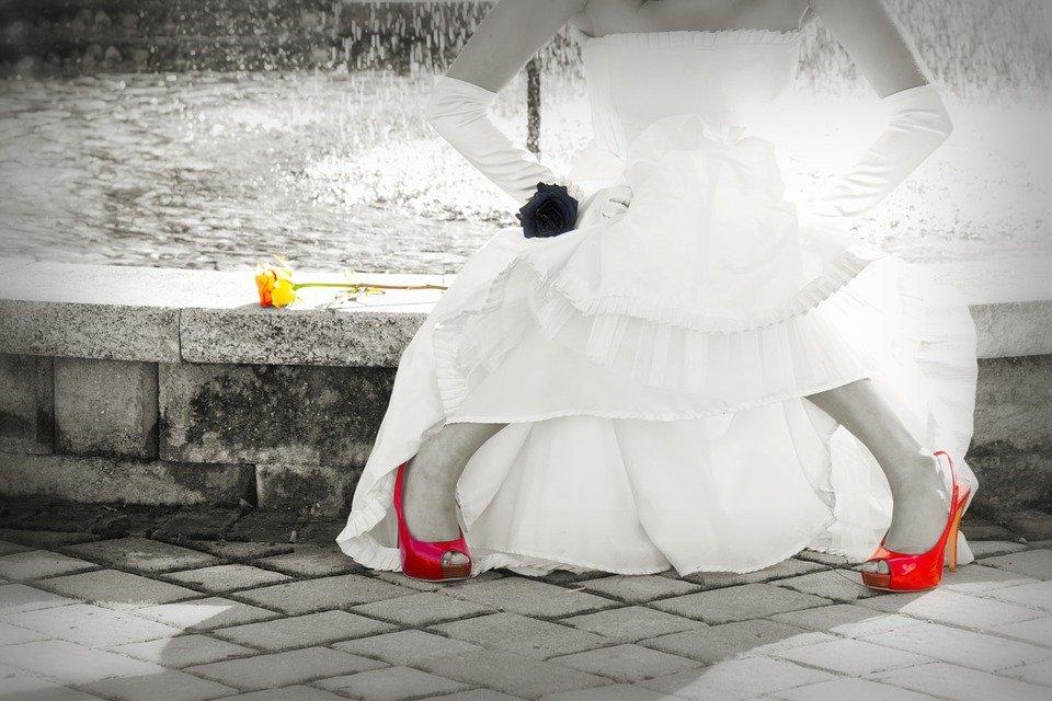 bride-1039536_960_720