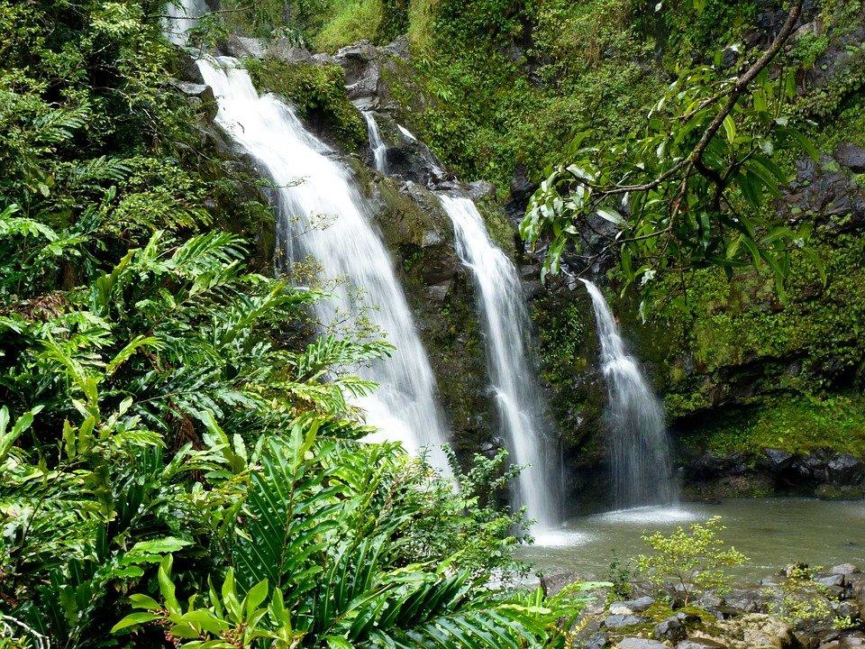 Cascate da vedere in viaggio di nozze alle Hawaii