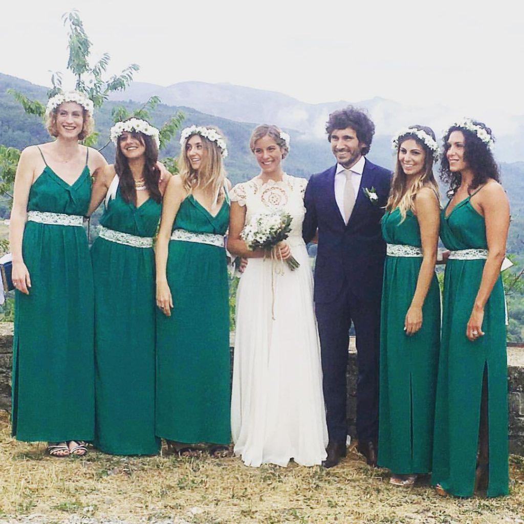 gli sposi con gli amici