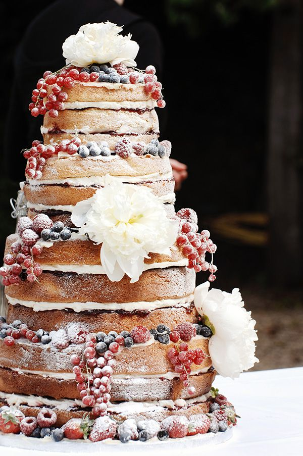 naked-wedding-cake-1-082813