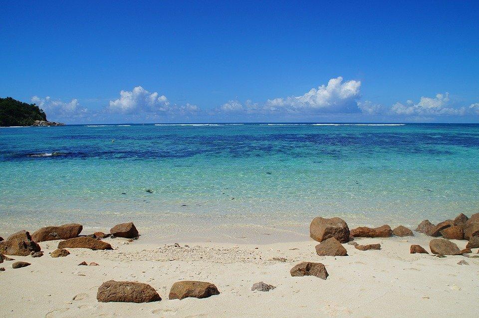 Matrimonio Sulla Spiaggia In Italia : Matrimonio sulla spiaggia luoghi da sogno dove celebrare le nozze