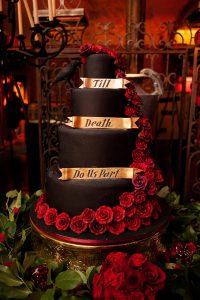 dracula-inspired-halloween-wedding-110