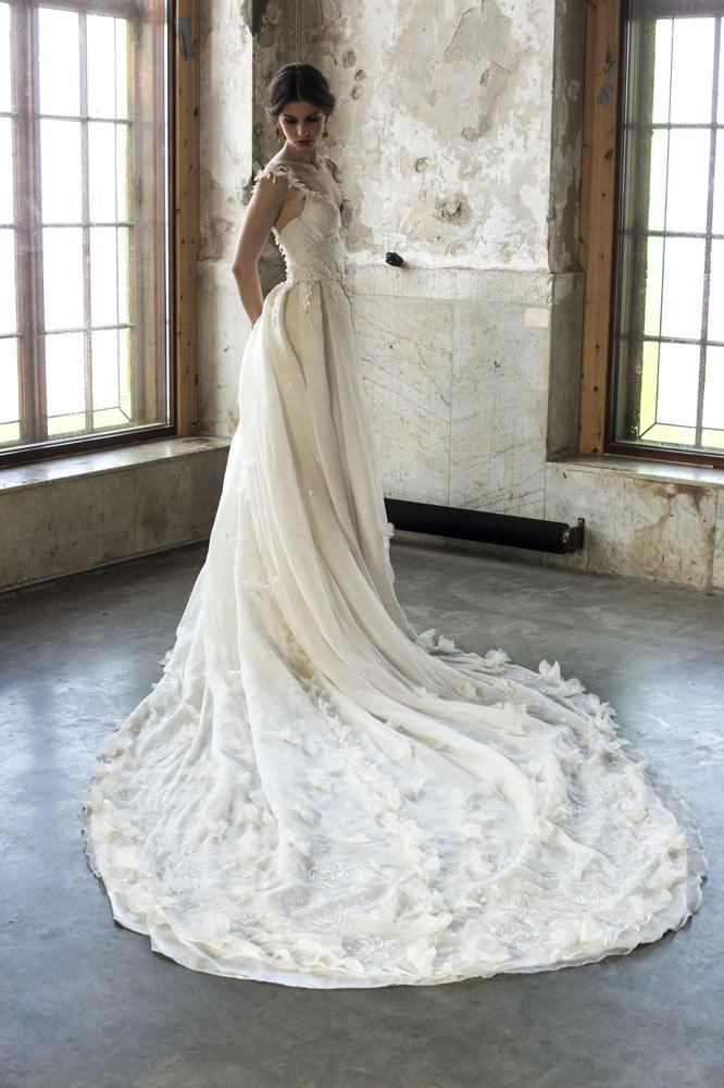 hot sale online 8d036 82eec Leila Hafzi 2017: abiti da sposa eco sostenibili - Panorama ...