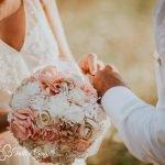 Bouquet di carta per la sposa, le creazioni di Sara Passeri