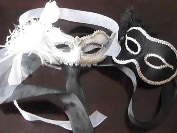 Sposarsi a Carnevale, maschera per la sposa