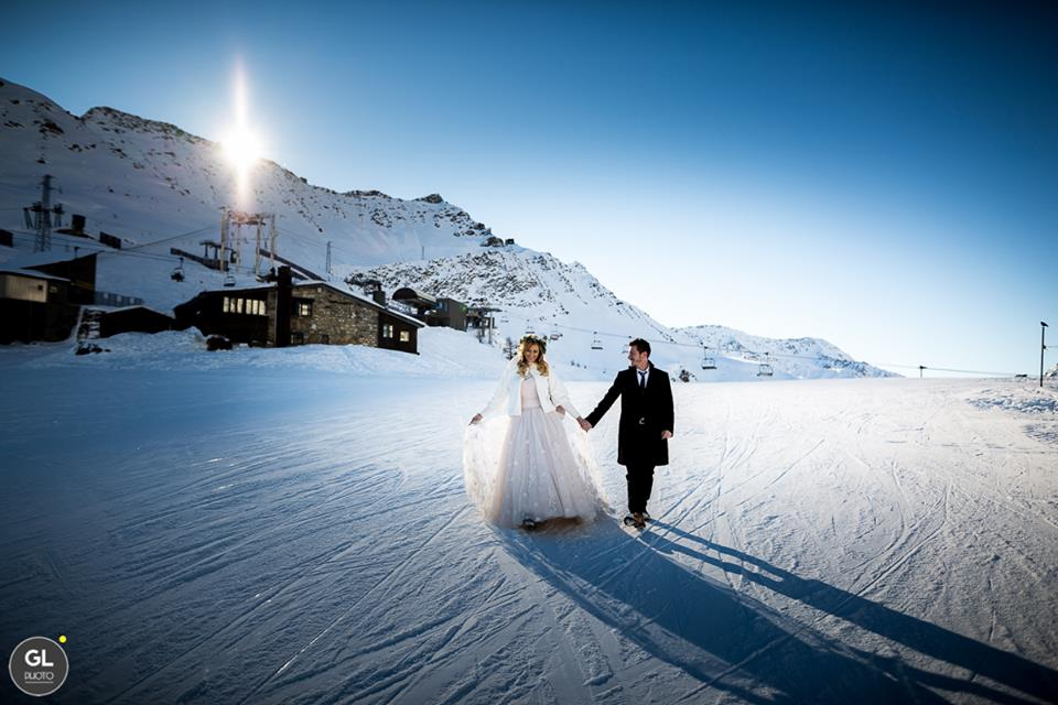 Abito da cerimonia per un matrimonio d'inverno Panorama Sposi