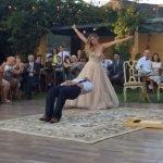 """Video, il ballo """"magico"""" degli sposi"""
