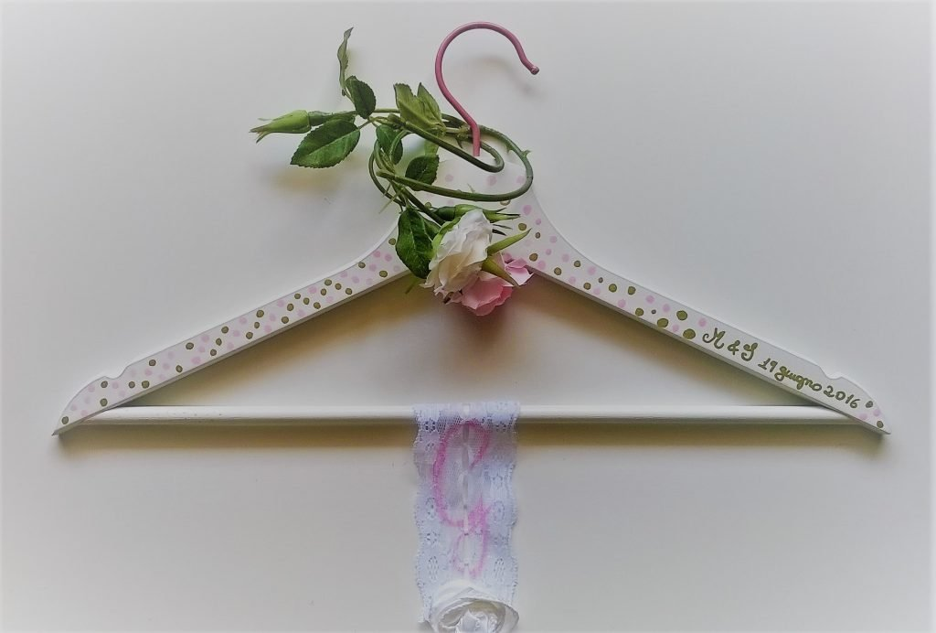 Appendino accessorio abito da sposa fai da te