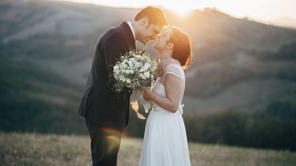 bf76a7dd92ca Per la rubrica Real Wedding scopriamo i dettagli del loro bellissimo  matrimonio verde salvia