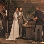 Barbecue al matrimonio, una grigliata con gli invitati di nozze