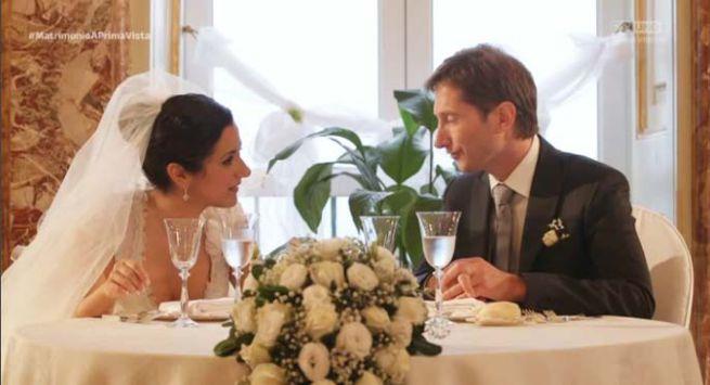 Matrimonio In Prima Vista : Ed ecco la foto che ha diviso le matrimonio a prima vista