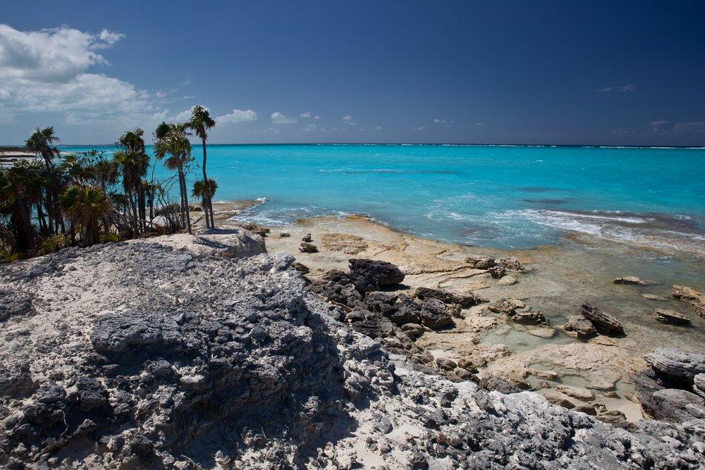 Viaggio di nozze Turks e Caicos, gli scogli e il mare