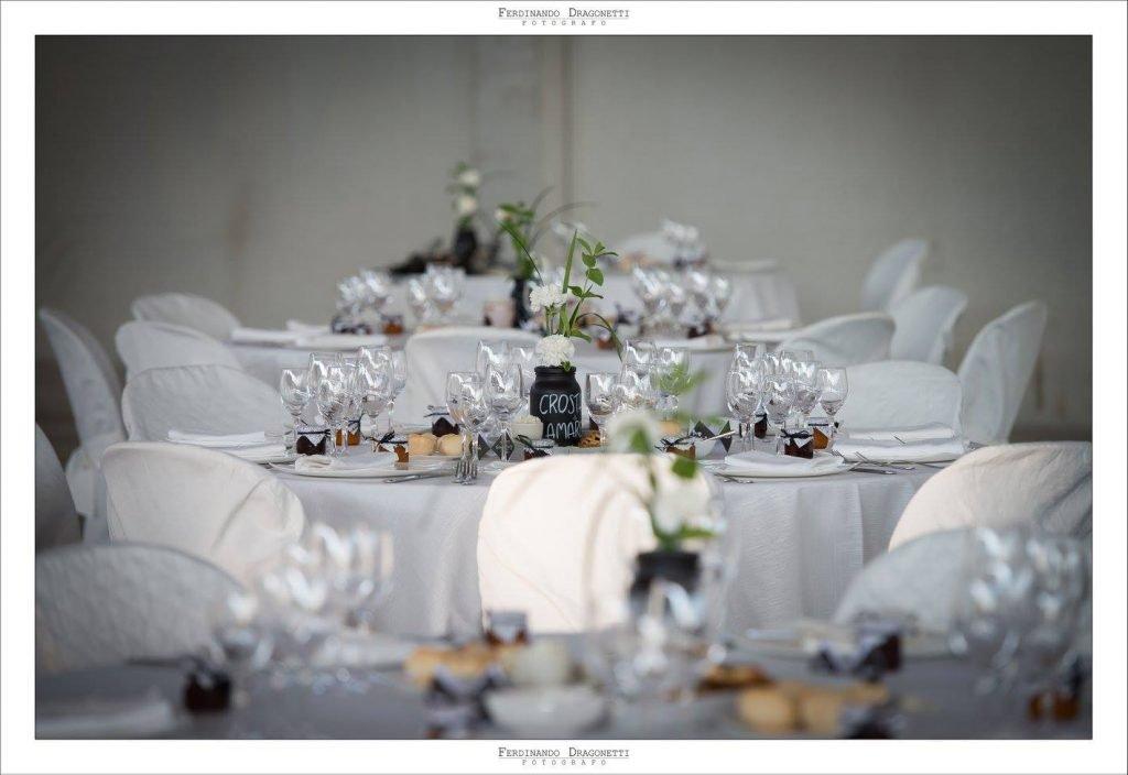 Matrimonio In Nero : Matrimonio in bianco e nero: le nozze di giada e nycky panorama sposi
