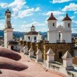 Viaggio di nozze in Bolivia, tra i deserti di sale e lagune iridescenti