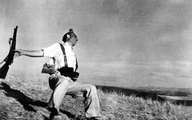 Foto del miliziano di Robert Capa
