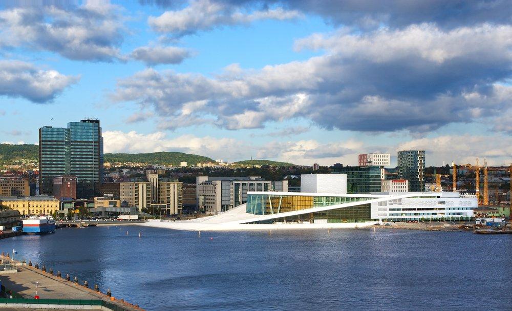 Viaggio di nozze in Norvegia, Oslo