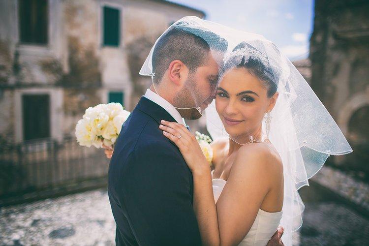 Matrimonio italo-scozzese, Emma e Marco