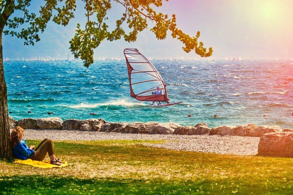 lago di garda windsurf