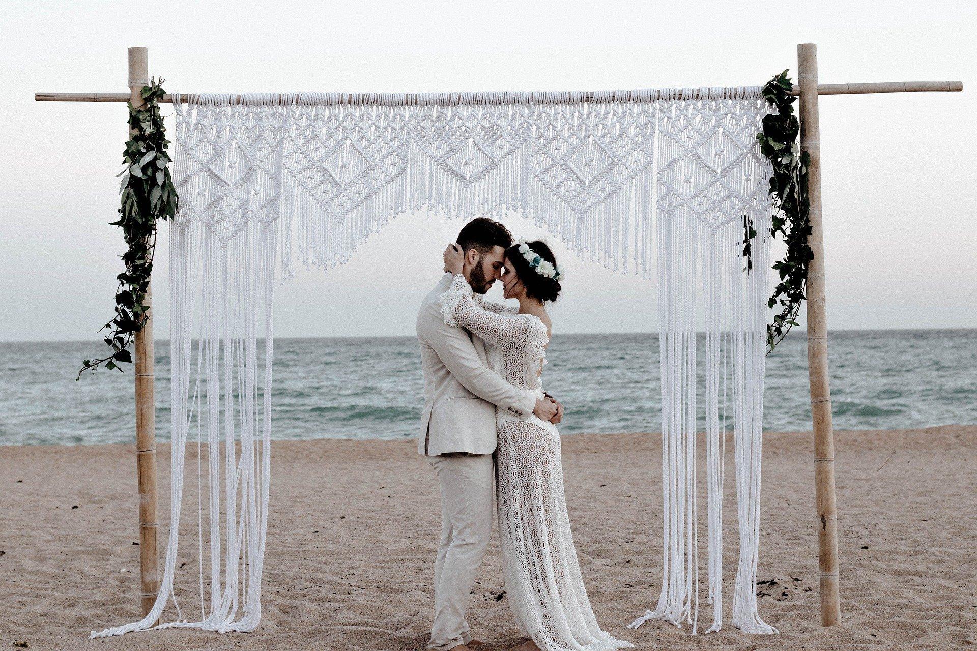 Matrimonio Tema Vino Colori : Matrimonio a tema vino idee per stupire panorama sposi