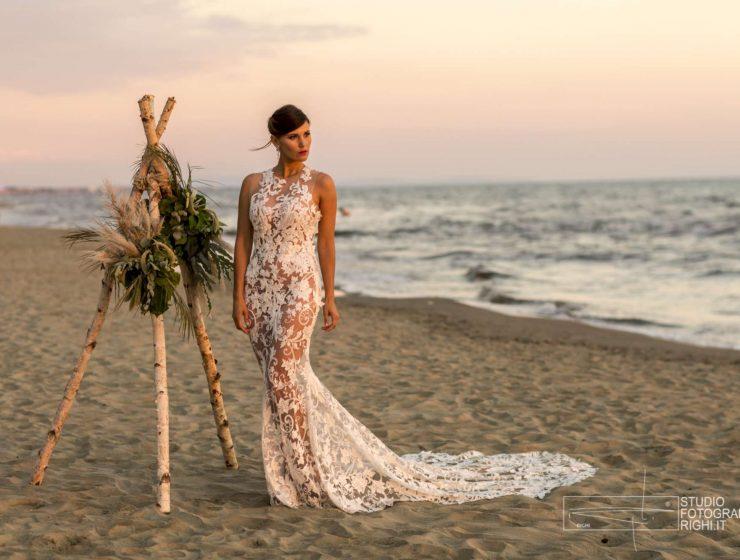 sposa in Costa Smeralda sulla spiaggia